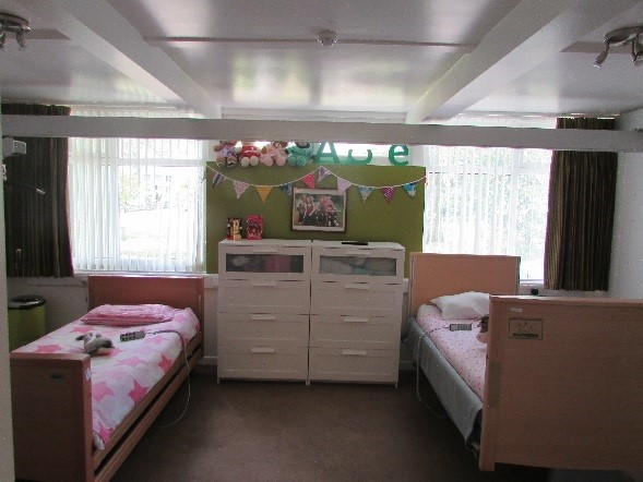 Ty Cwtch shared bedroom